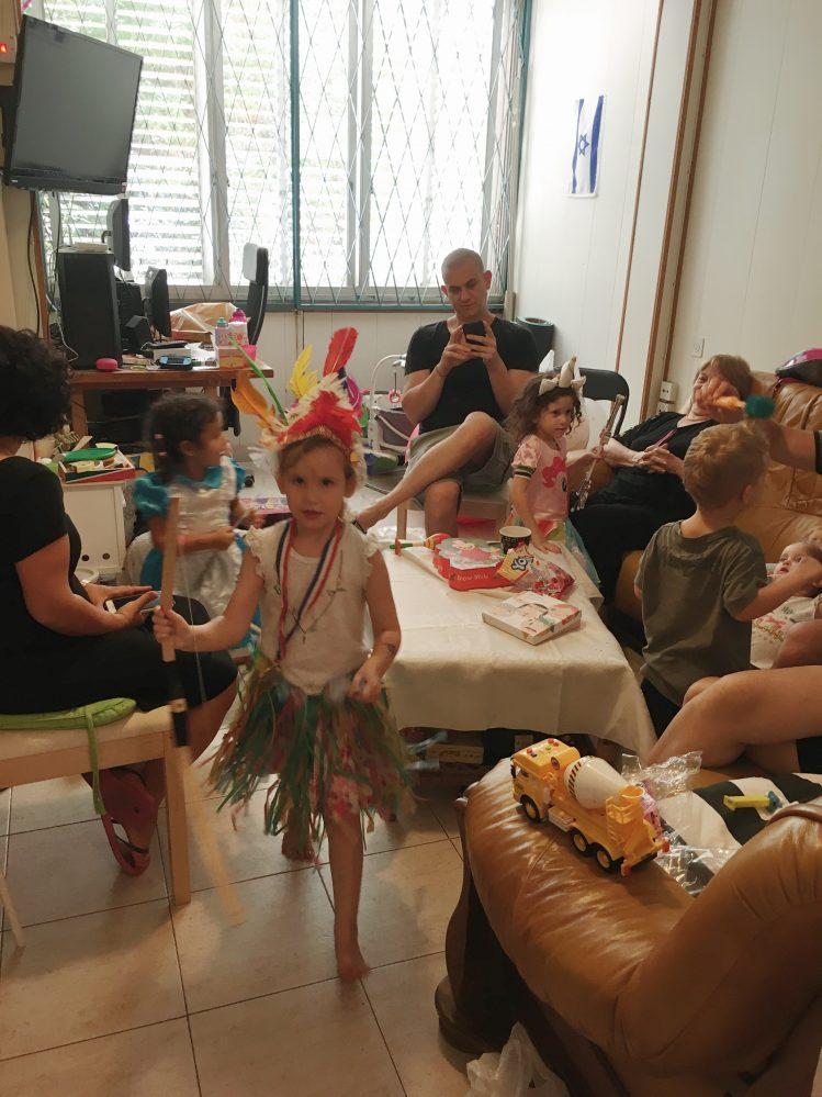 מסיבת תחפושות של ילדים